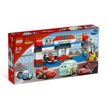 Конструктор LEGO Магазинчик Пита Фото 1